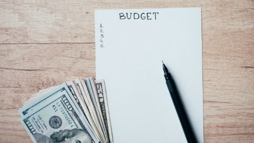 EVERY GREAT FINANCIAL PLAN STARTS WITH A BUDGET TO TRACK YOUR INCOME AND EXPENSES CONSISTENTLY